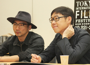 「百日草」トム・リン監督とストーン3.jpg